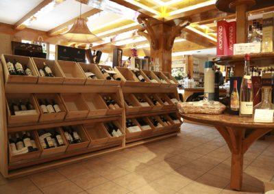 1 agenceur de magasin de vins en haute savoie